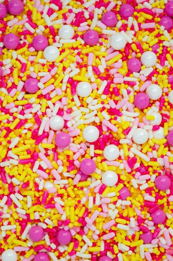 Pink lemonade sprinkle blend